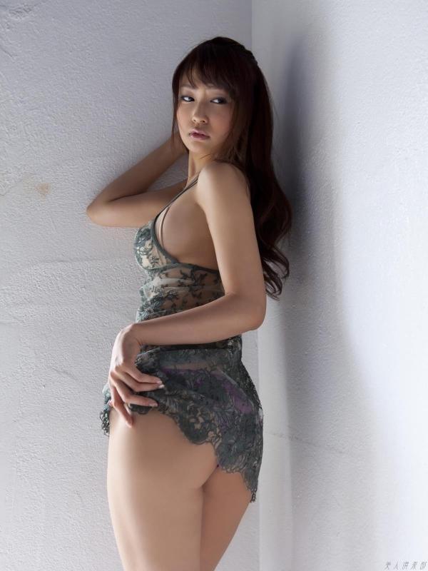 グラビアアイドル 仁藤みさき 過激 パンチラ画像 ヌード画像 美脚 エロ画像b005a.jpg