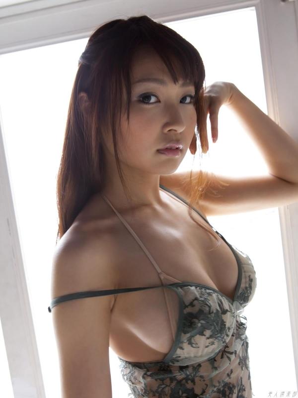 グラビアアイドル 仁藤みさき 過激 パンチラ画像 ヌード画像 美脚 エロ画像b007a.jpg
