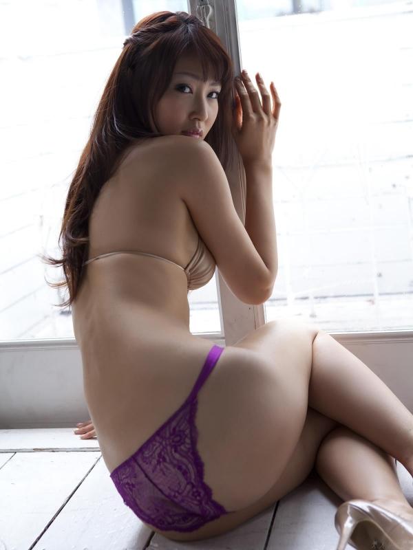 グラビアアイドル 仁藤みさき 過激 パンチラ画像 ヌード画像 美脚 エロ画像b016a.jpg