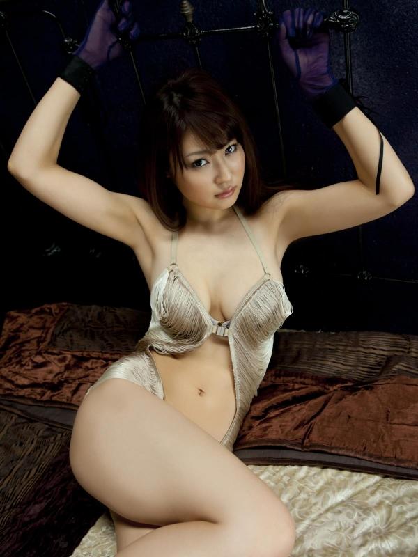 グラビアアイドル 仁藤みさき 過激 パンチラ画像 ヌード画像 美脚 エロ画像b035a.jpg