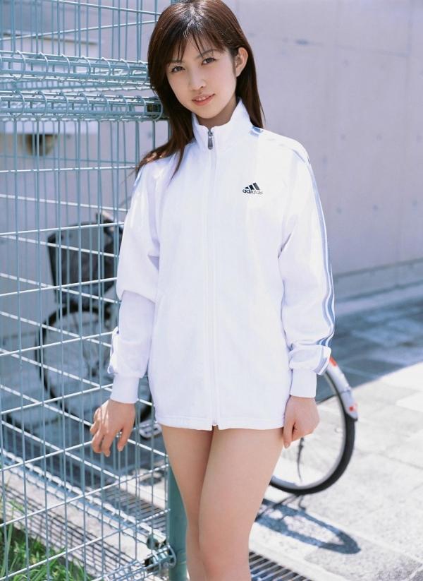 グラビアアイドル 富樫あずさ 過激 パンチラ画像 ヌード画像 美脚 エロ画像032a.jpg