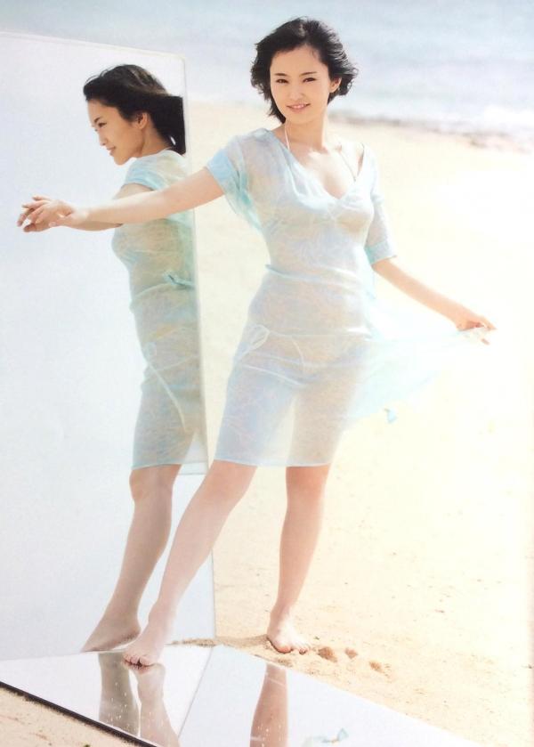 アイドル 山本彩 水着画像 ヌード画像 エロ画像002a.jpg