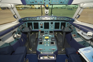 1024px-AeroSvit_An-148_UR-NTA.jpg