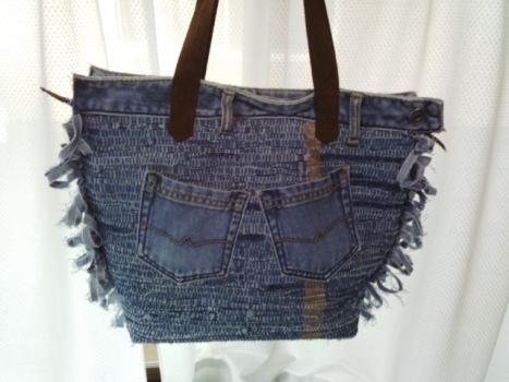 ジーンズの裂き織りバッグ、2つ目完成