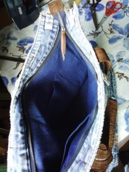 ジーンズの裂き織りバッグ、内側
