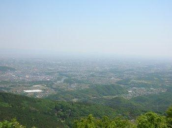 登谷山から下界