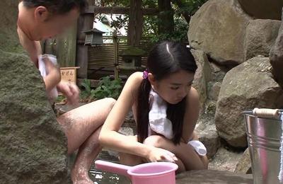 (衝撃)「山形県の某民宿では女子学生とH本番が可能…」と言う噂は本当だった☆