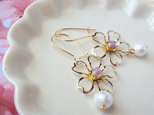 藤桜とコットンパールのキドニーピアス2