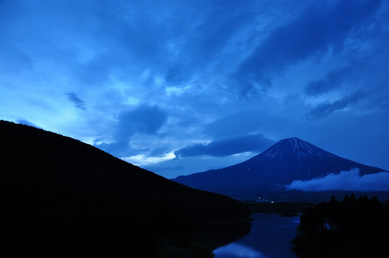 s-田貫湖の夜明け2