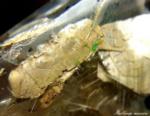 雲母入り水晶6