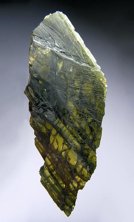 No.718 Olivine