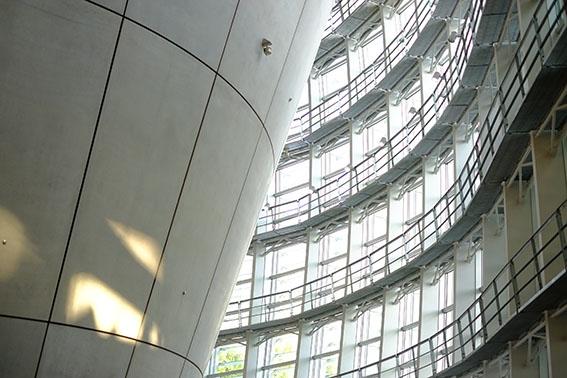 新国立美術館ホール