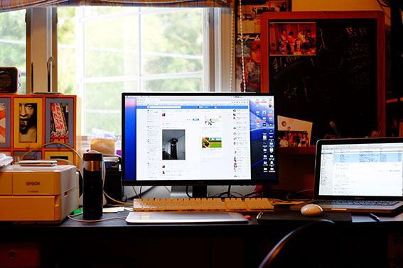 自宅の作業机
