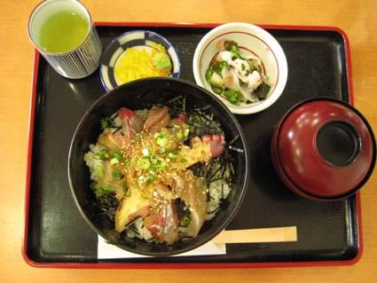 蒲江のりゅうきゅう丼