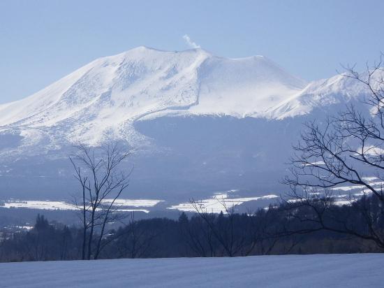 群馬県の嬬恋からの浅間山