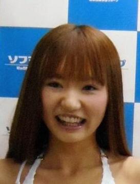 安藤美姫似の相内梨沙 DVD発売記念で水着披露 見どころは「お風呂のシーン」