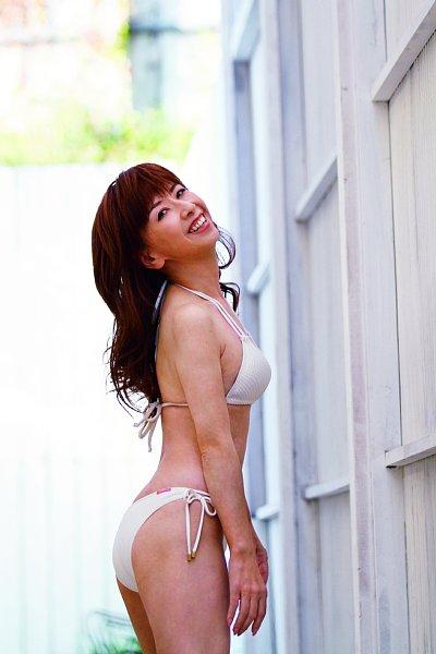 大場久美子 大反響を呼んだ「54歳のビキニ姿」未公開カット