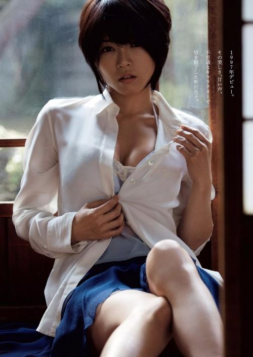 最近の釈由美子