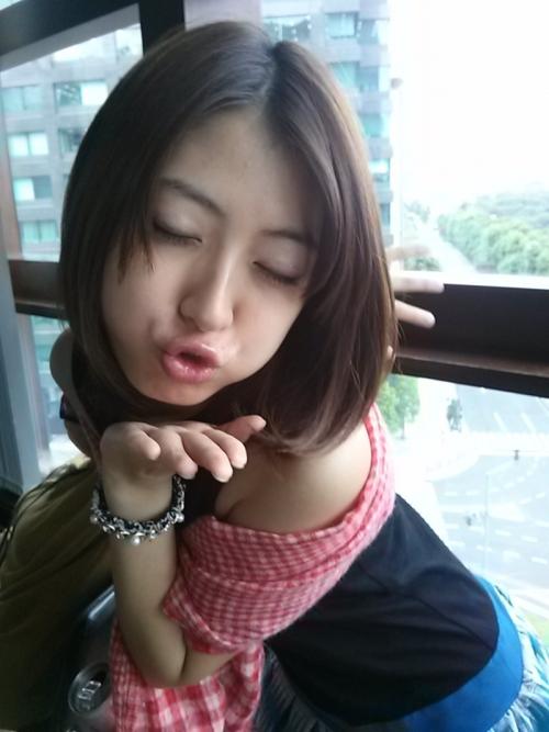 瀧本美織ネキのキス顔wwwwwwwww