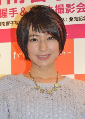 日南響子(21)が事故に関する質問に困惑、「8割方作られているというか…」と否定…写真集「SAI」発売記念握手会