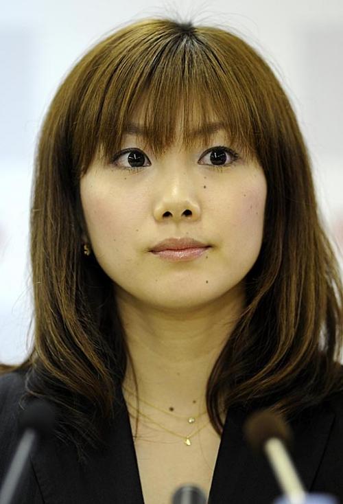 潮田玲子 22キャスター就任22で 噂される離婚の危機