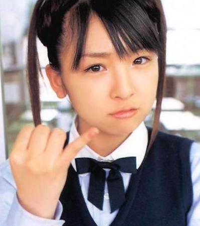 加護亜依(27)…離婚協議中
