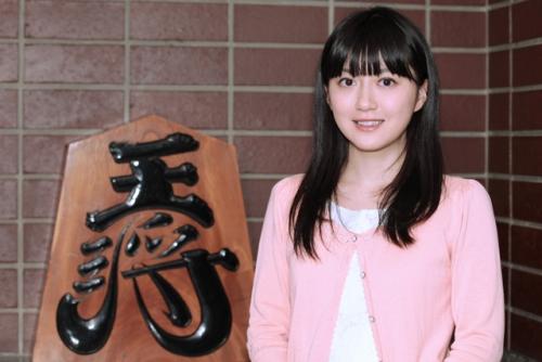 将棋界のまゆゆ 香川愛生女流王将、人気急上昇 ファンの間では「番長」