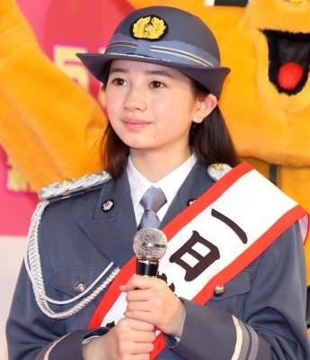 12歳の女優・桜田ひより、新宿署一日署長に就任!