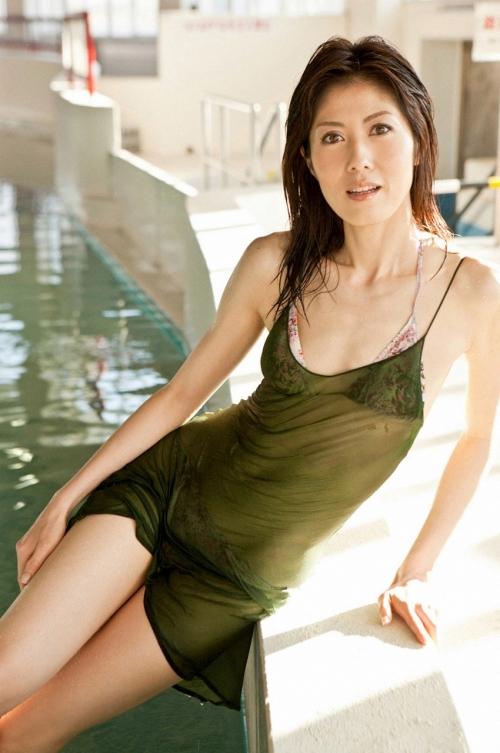 小島慶子が小説でつづった女子アナの暗部と恥部 「私にはブスの気持ちがわからない」