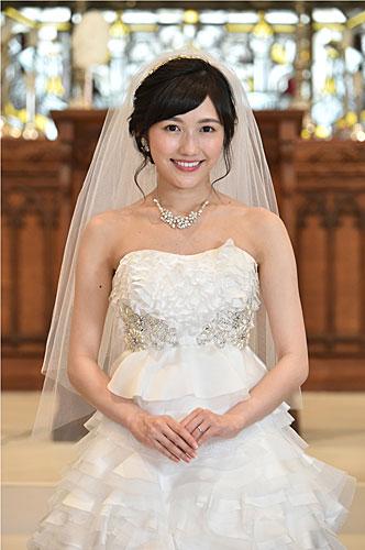 まゆゆこと渡辺麻友 ウエディングドレス姿披露!涙の最終回撮了「一生忘れない」