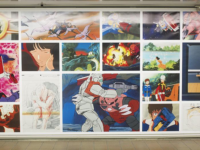 新宿駅ガンダム展広告 13