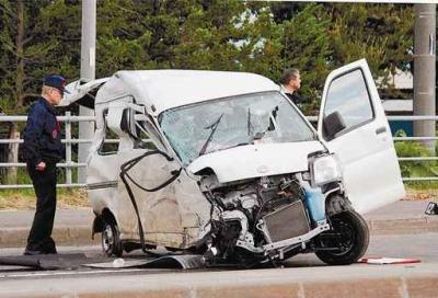 被害者の軽自動車