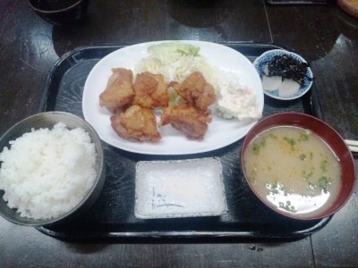 150316しおみ亭からあげ定食650円