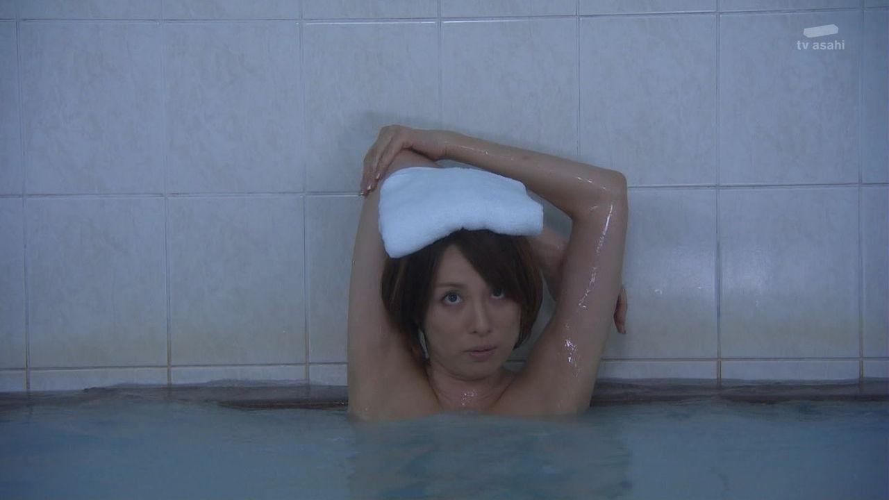 入浴シーンで見えた米倉涼子のワキ