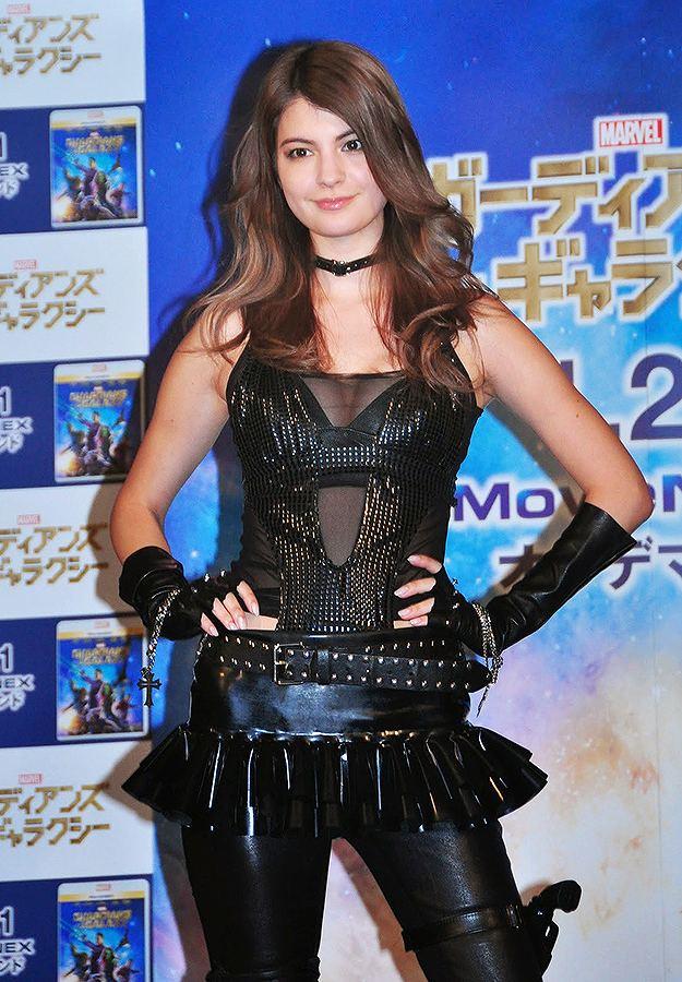 映画「ガーディアンズ・オブ・ギャラクシー」MovieNEX発売記念イベントにセクシーコスプレで出席したマギー