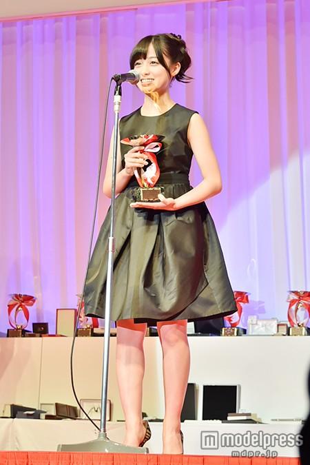 「第26回 日本ジュエリーベストドレッサー賞」表彰式での橋本環奈