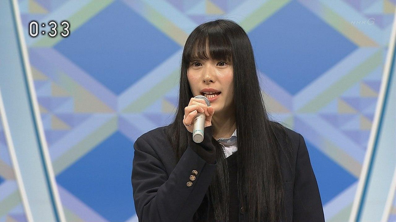 NHKのど自慢に出演した制服姿のJK