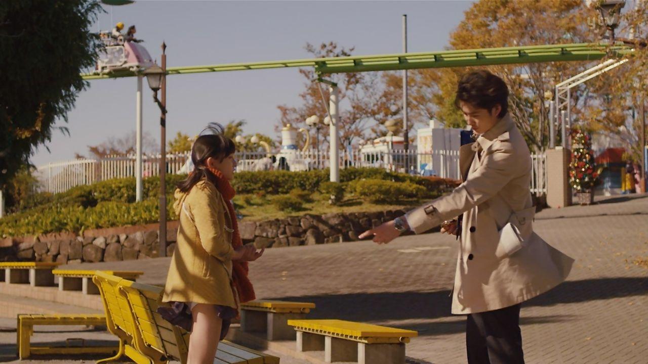 映画「ひみつのアッコちゃん」の吉田里琴と岡田将生