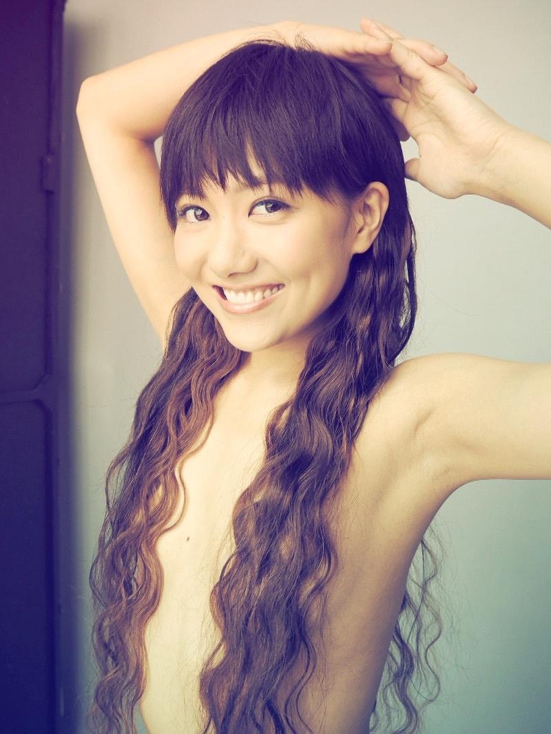 宮澤佐江の髪ブラ画像