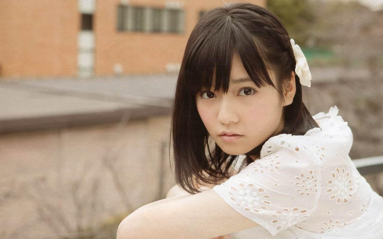 エロ本表紙の元になったAKB48・島崎遥香の画像