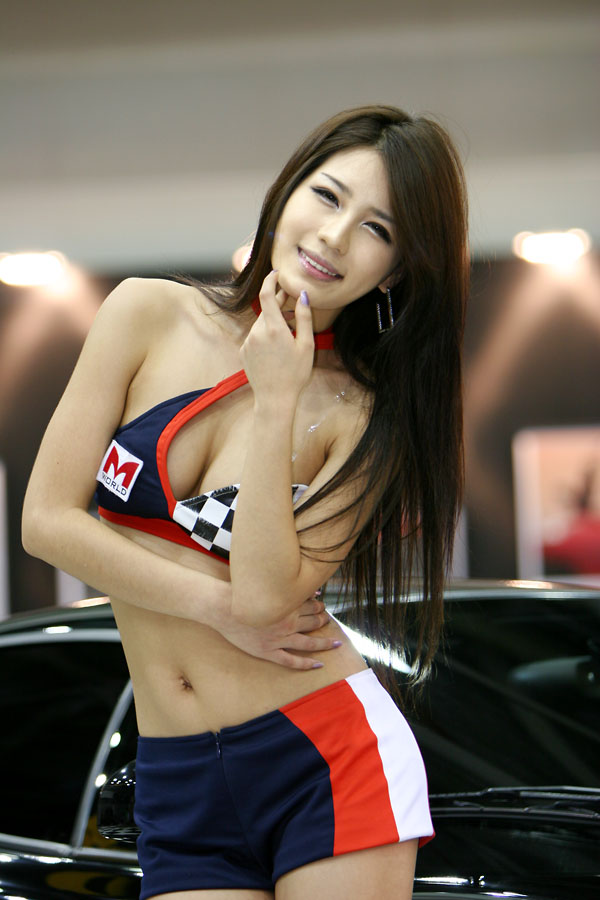 韓国のコンパニオンがセクシーすぎる