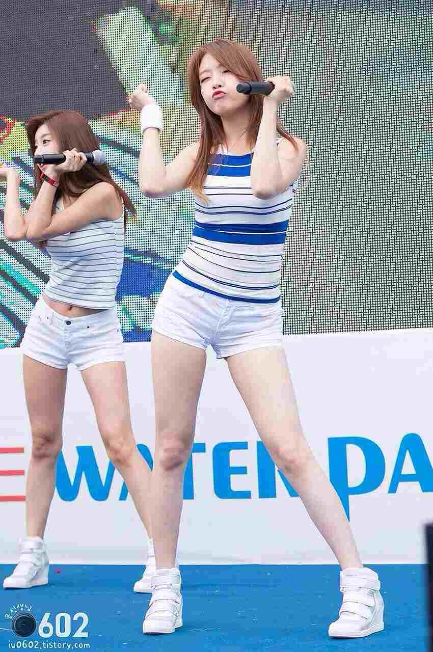 K-POP、セクシーな衣装を着たGirl's Day(ガールズデイ)
