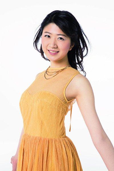 2015年度・準ミス日本の秋山果穂