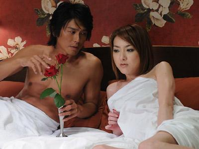 ドラマ「特命係長 只野仁」、西川史子のベッドシーン