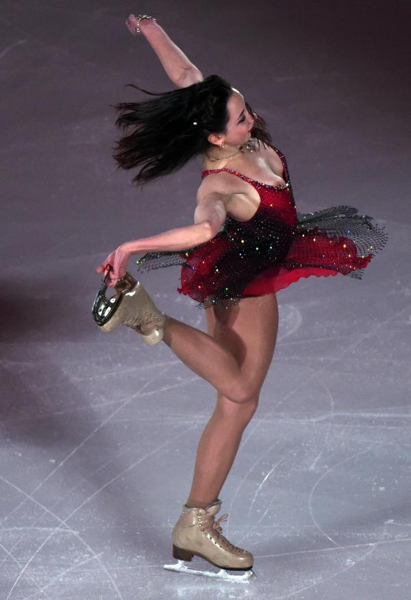 女子シングルチャンピオンのエキシビションで乳首ポロリしたフィギュアスケート選手