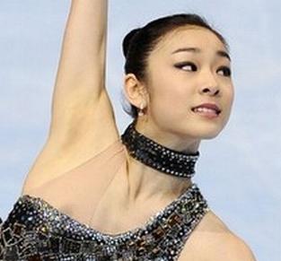 キムヨナがスケート中にポロリした乳首