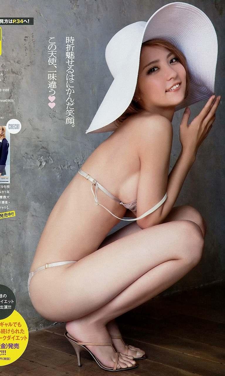 佐々木希の上位互換、石川恋のセクシーグラビア