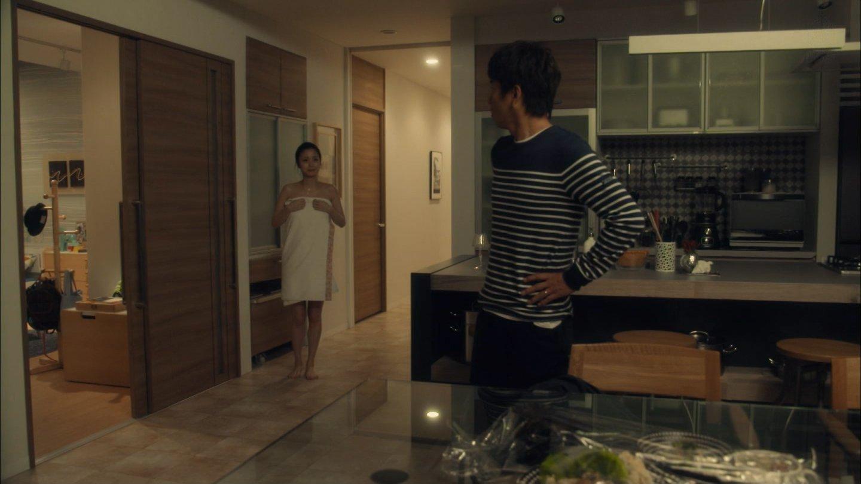 ドラマ「アイムホーム」、上戸彩のバスタオル1枚の湯上り姿