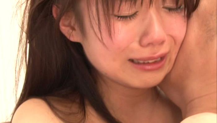AVでエッチ中に泣くほしのあすか