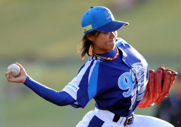 女子野球選手、ナックル姫こと吉田えりのFカップ乳